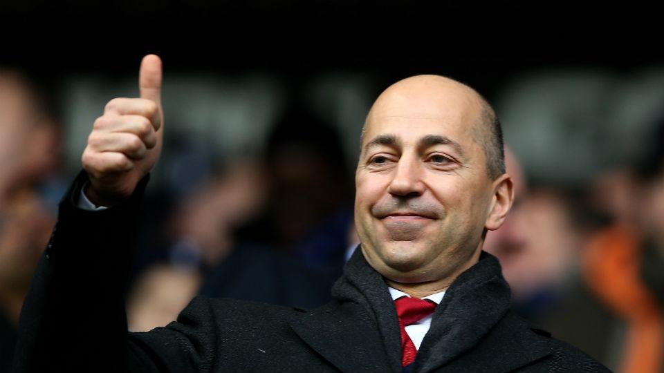 Ivan Gazidis mewajibkan setiap pemain Arsenal untuk belajar bahasa inggris